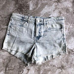 H&M • NWT Light Acid Wash Cutoff Jean Shorts